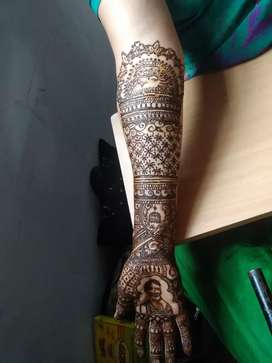Beauty therapist- looking for orders for makeup, mehndi, all services.