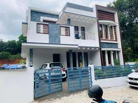 Aluva near rajagiri hospital 4bhk house 6cent 2200sqt 58lakh urgent