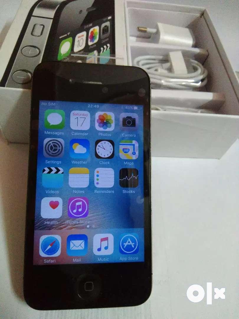 Refurbished I phone 4s 16gb lustrous device 0