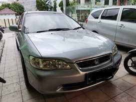 Honda Accord tahun 2000