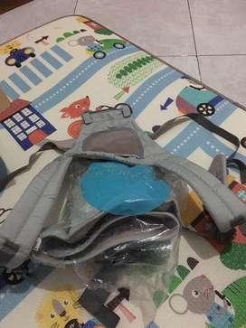 Gendongan bayi hip seat carrier merk mooimom jarang pakai