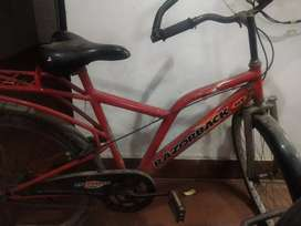 Very good condition newely buy last year