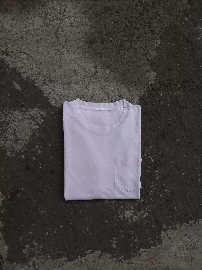 T shirt pocket glonal uniqlo 0