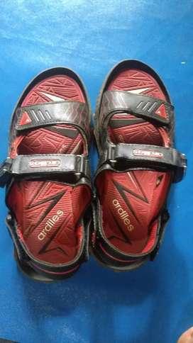 Sandal gunung ardiles