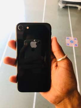 Iphone 8 Space grey Colour