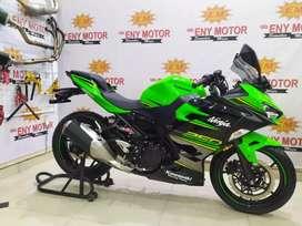 Fighter street Kawasaki New Ninja 250 FI 2018 green fresh and be like