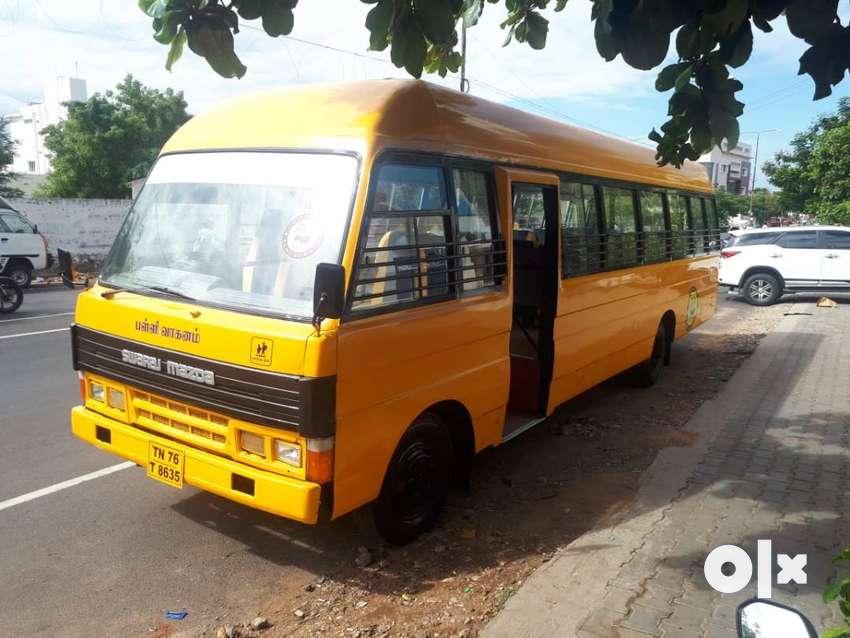 school bus 2013 model 42 seats 0