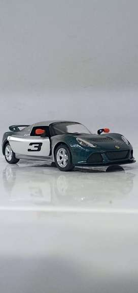 KINSMART 2012 Lotus Exige S Diecast Model Scale 1/32