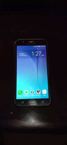 Samsung galaxy j 7 good condition