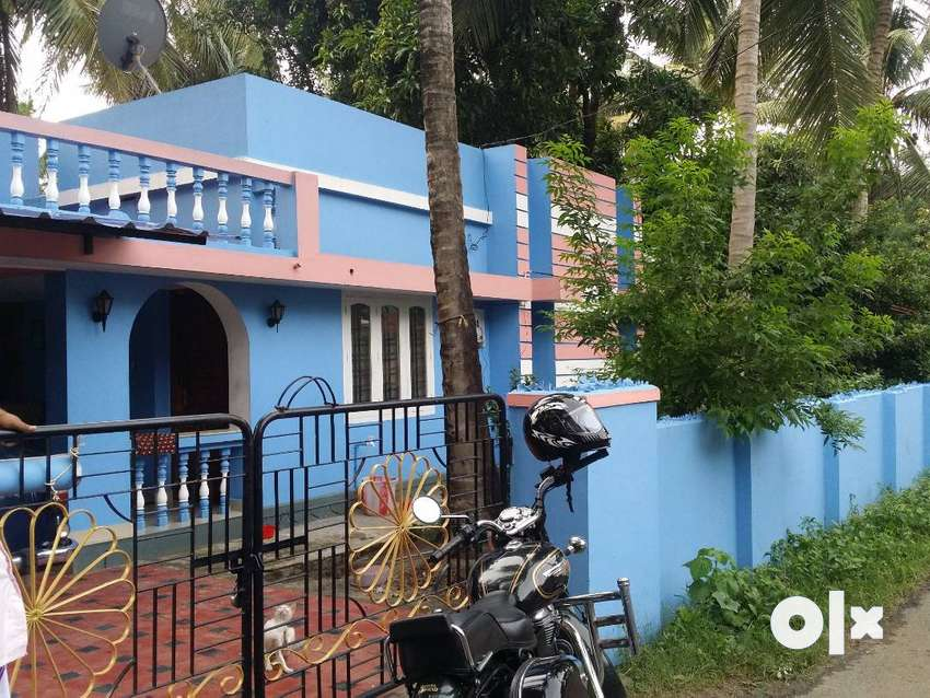 House for sale near Palakkad-CBE Highways at Kanjikode 0