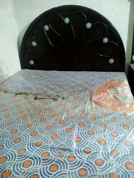 Bed and Dressing tablet for sale