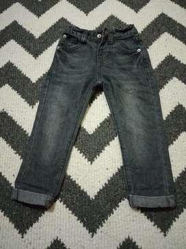 Celana jeans anak 2T