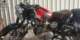 Royal Enfield Bullet  Red & Black Color With Halogen lights