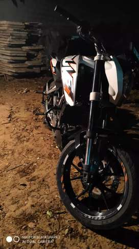 Ktm Duke 200 2014 model in very good condition if u want to buy call