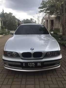 BMW E39 Series 528i tahun 1997