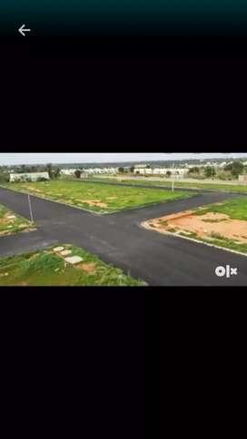 Elegent plots for sale Rs 7000 per yard