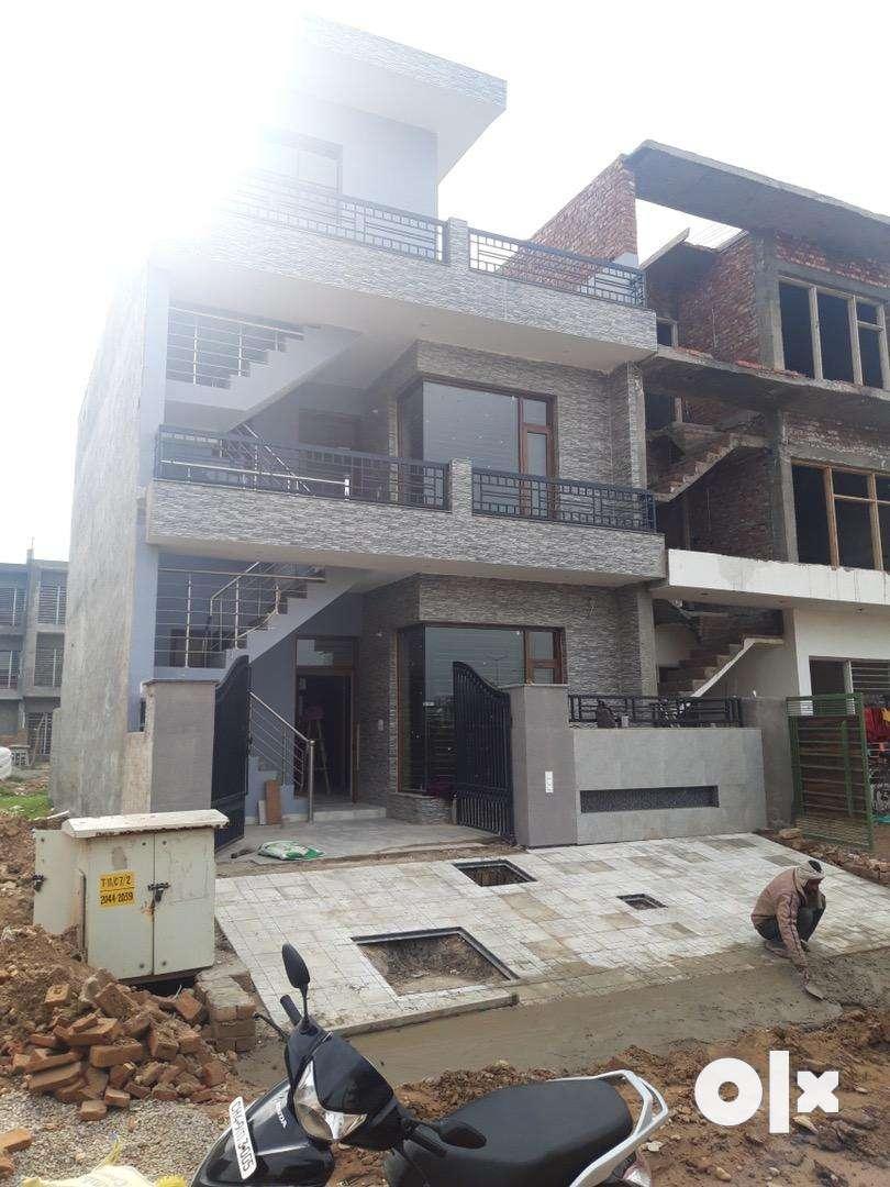 125sq. Yrd.  Block c aerocity Newly build house Premium location. 0