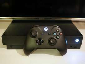 Xbox one x in mint condition