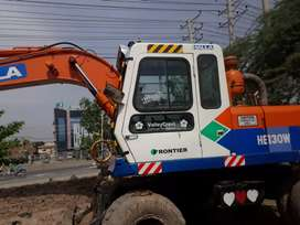 Excavator machine (halla)for sale