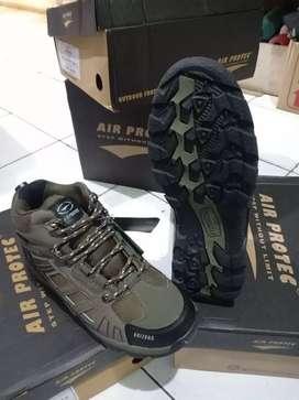 Sepatu hiking air protec Arizona sepatu gunung airprotec waterproof