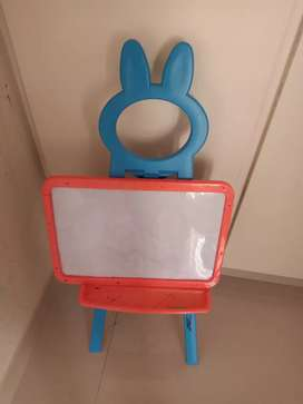 Baby's white and black board 2 in 1 for sale price 1000