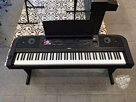 Yamaha DGX670 / DGX-670 / DGX 670 L300B DIGITAL PIANO