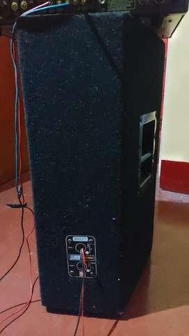Ahuja Amplifier and 2 JBL Speaker