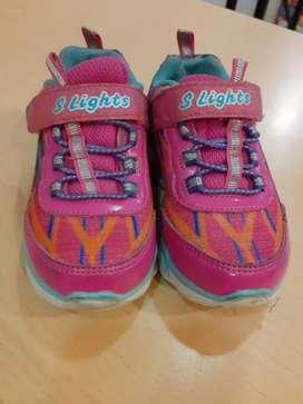 Sepatu Skechers Lights