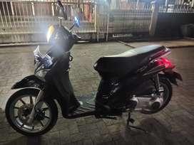 Vespa matic 150cc stylish