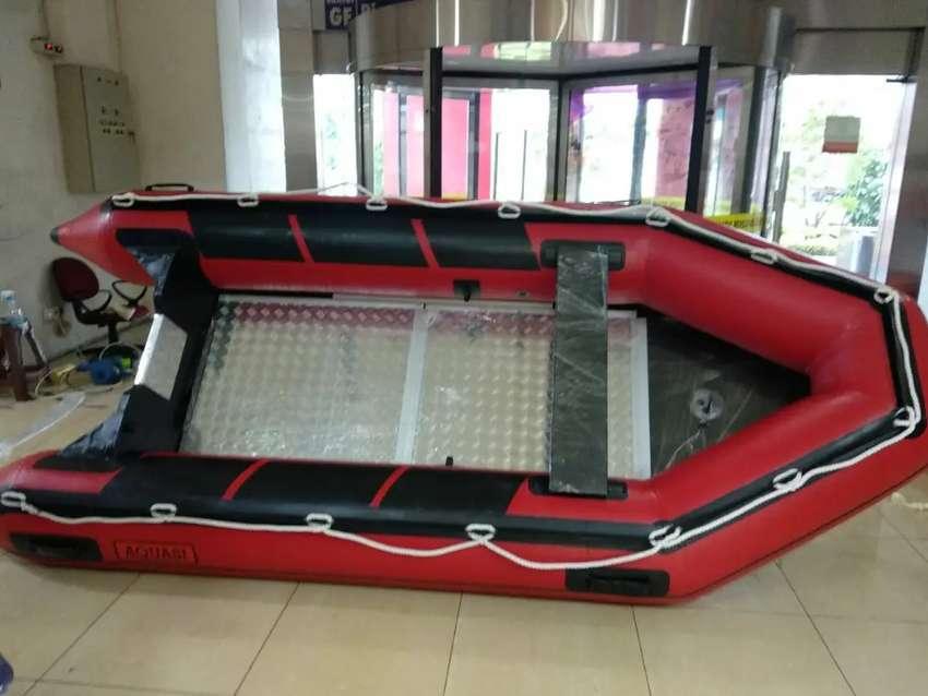 Perahu karet rescue banjir AQUASI 360 kapasitas 6 orang garansi