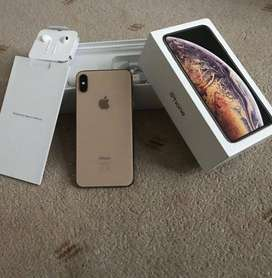 Week offer on apple i phone models with bill, box & all accessories  C