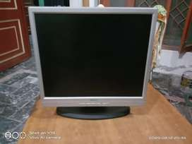 17 Inch Gaming Monitor Belinia condition 10/10