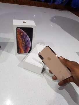 ₩ Now selling my iPhone awesome model selling 5s selling x with Bill