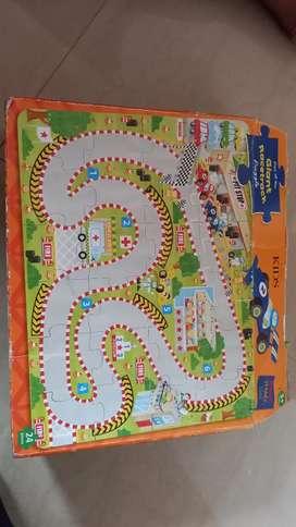 Race track puzzle