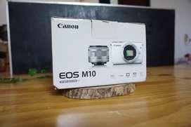 Dus box kamera mirorrless canon eos m10