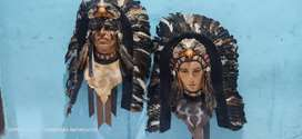 Sepasang topeng indian