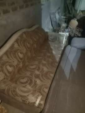 Want to sell sofa urgent