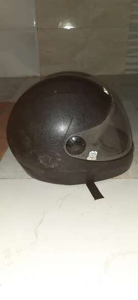 Hero company ka helmet