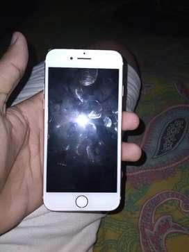iPhone 7 .128 GB rose gold.