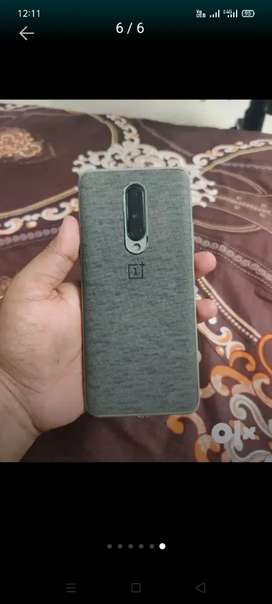 One plus 8.8gb 128 gb 15 month uge. Bill box charger top condition