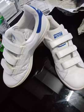 Sepatu adidas stan smith
