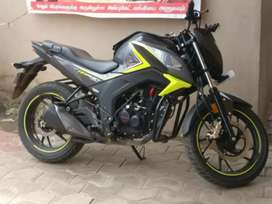 Honda hornet .all paper clear .good condition