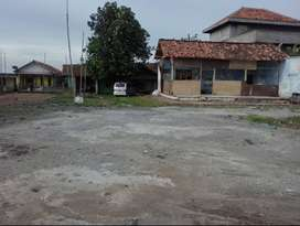 Tanah Strategis Bangun Gudang Pinggir Jalan Raya Patokbeusi