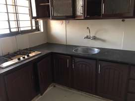 E-11 Ideal Upper Portion 3Bed With Servent/Q Very Rwasonable Rent