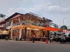 Disewakan Bangunan Komersil Di Area Perdagangan Dipatiukur, Bandung