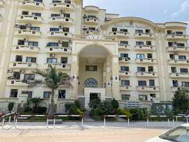 Fully Furnished 2bed Apartment with Servant In Warda Hamna G11