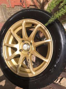 Alloy rims for sale with tyres in lush condition