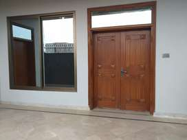 10 Marla house on Multan Public School Road for Rent
