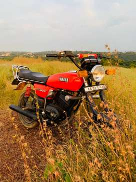 Yamaha rx100 fully maintained,front disk break,all documents are clear