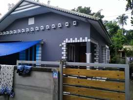 Paravoor thattam padi 8 cent land with 3 bed house